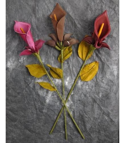 Contenant à dragées fleur arum colorée sur tige