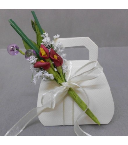 2 bouquets de fleurs 3 arums déco dragées bordeaux/parme