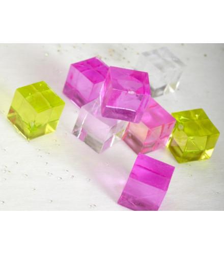 12 cubes translucides déco colorés en plastique