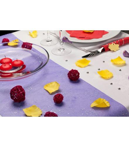 chemin de table jetable color en tissu perl drag e d 39 amour. Black Bedroom Furniture Sets. Home Design Ideas