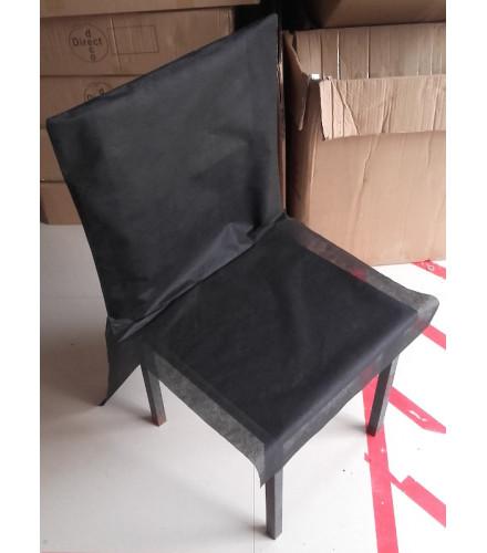 10 housses de chaise jetables noires en tissu non tissé