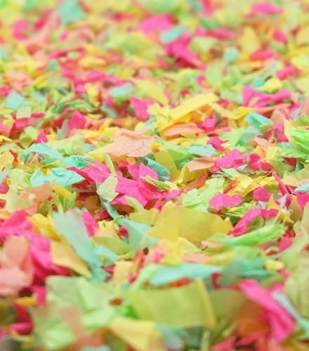 Sachet de confettis 50 g anniversaire coloré