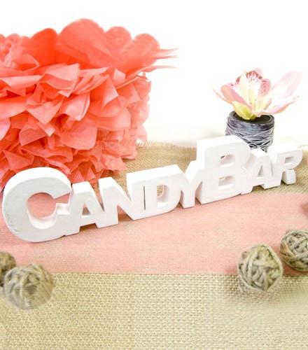 Décoration de table candy bar blanc