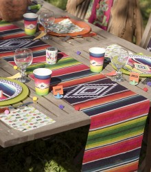 Chemin de table jetable mexicain