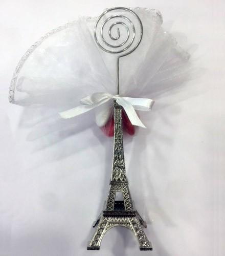 Porte-nom tour Eiffel prêt à offrir