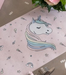 Chemin de table baptême fille licorne rose 5m