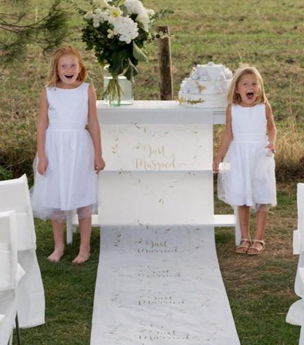 Tapis mariage blanc just married en tissu non tissé de 10 m