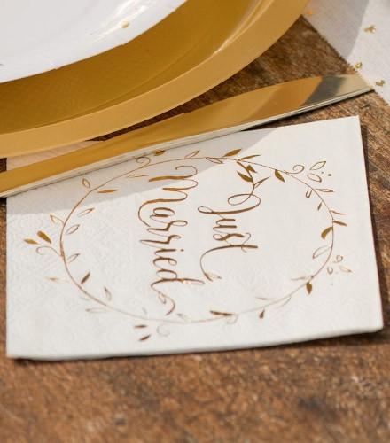 20 serviettes jetables papier mariage dorées just married