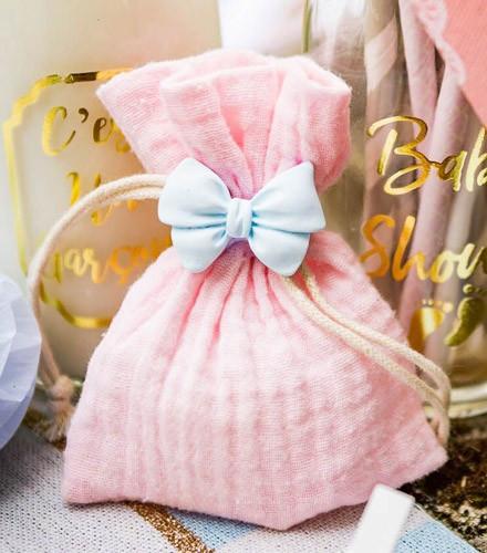 4 sacs à dragées baptême mousseline de coton rose/bleu