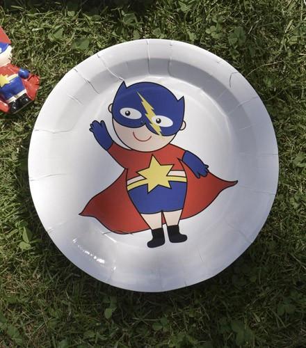 Assiettes anniversaire enfant avec super héros