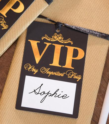 10 marques-place carton VIP noir