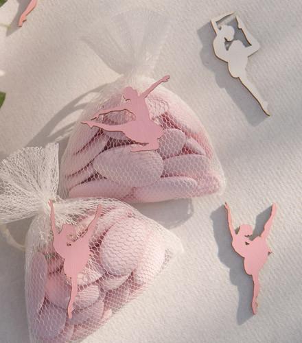 10 confettis de table anniversaire ballerine bois assortis