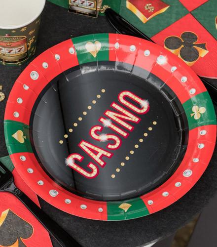 10 assiettes jetables carton casino